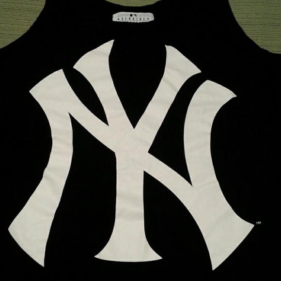 1ea1611e737b60 Genuine Merchandise Tops - MLB NEW YORK YANKEES BASEBALL TEAM TOP EXCELLENT